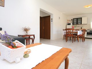 4 bedroom Villa in Jadrija, Šibensko-Kninska Županija, Croatia : ref 5563733