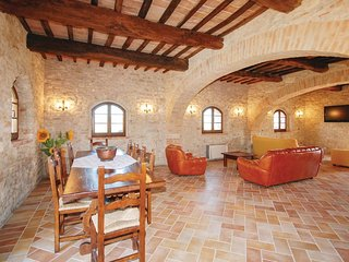 4 bedroom Villa in Monte Castello di Vibio, Umbria, Italy : ref 5523694