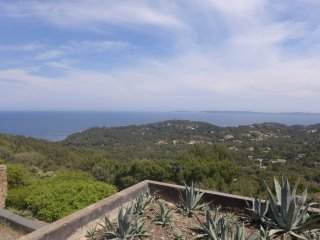 2 bedroom Apartment in Cap Gaou Benat, Provence-Alpes-Cote d'Azur, France : ref