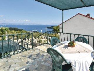 4 bedroom Villa in Rogac, Splitsko-Dalmatinska Zupanija, Croatia : ref 5519964