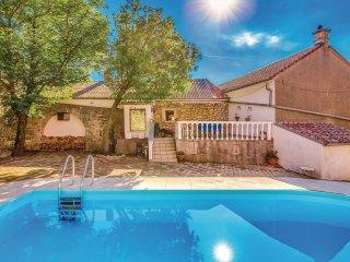 2 bedroom Villa in Meja Gaj, Primorsko-Goranska Županija, Croatia : ref 5547694