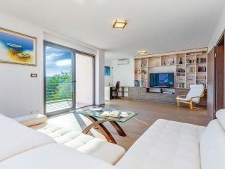 4 bedroom Villa in Dramalj, Primorsko-Goranska A1/2upanija, Croatia : ref 5520975