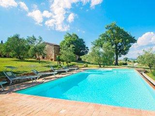 4 bedroom Villa in Castiglione d'Orcia, Tuscany, Italy : ref 5558590