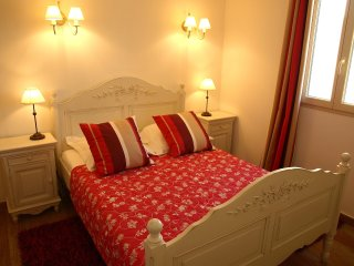 4 bedroom Villa in Saint-Saturnin-lès-Apt, Provence-Alpes-Côte d'Azur, France :