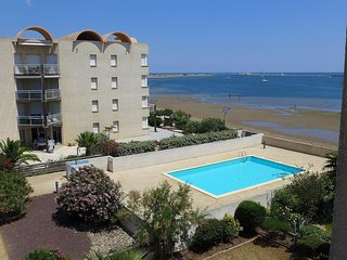 3 bedroom Apartment in Gruissan-Plage, Occitania, France : ref 5513995