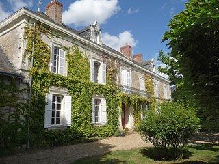 7 bedroom Villa in Thorigne-d'Anjou, Pays de la Loire, France : ref 5513498