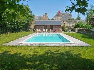 7 bedroom Villa in Thorigne-d'Anjou, Pays de la Loire, France - 5513498