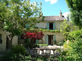 Les Galineaux is a rustic country cottage surrounded by fields grape vines.