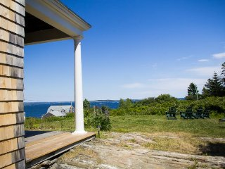 Lovingly restored 1905 cottage with phenomenal Easterly ocean views, just quick