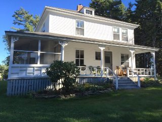 Historic cottage with views of Mackerel Cove and right of way to Little Harbor!