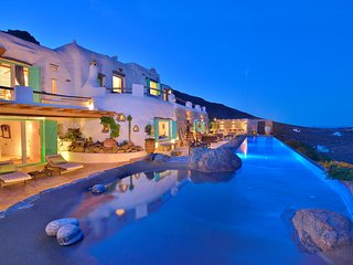 Exclusive , Luxurious private Villa Drakothea w/ amazing views /infinity pool
