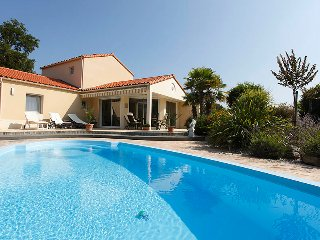 Vendee Villa Sophora 8P private heatable pool