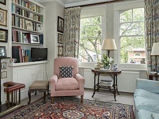 Beautiful, Artistic Home Full Of Character