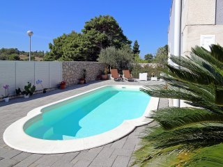 Apartment Beautiful Sunset with Swimming Pool I