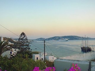 Mykonos Town Panorama Sleeps 4