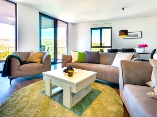 Apartment Oleandar with Private Beach I