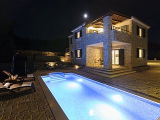 Country House da Silva with Swimming Pool