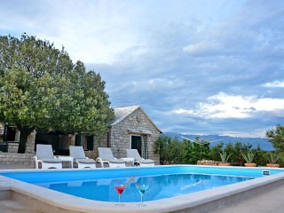 Holiday Home Olive Grove with Swimming Pool