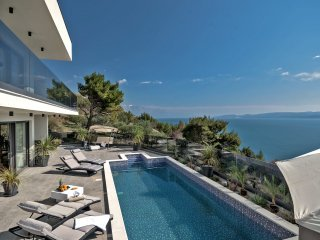 Villa Small Paradise with Swimming Pool