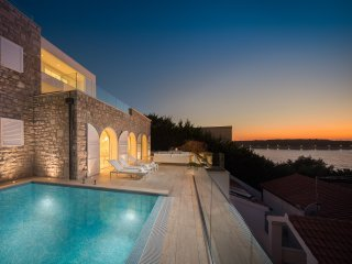Luxury Villa Dance Forever with Pool