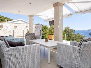 Beachfront Villa Pure Life