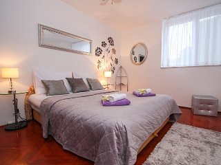 Apartment Spalatum with Beautiful Sea View