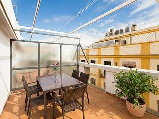 San Vicente Terrace. 2 bedrooms, 2 bathrooms, terrace, free parking