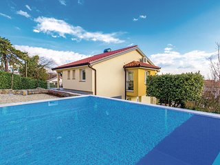 4 bedroom Villa in Matulji, Primorsko-Goranska Županija, Croatia : ref 5551491