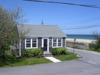 7 Beach Street, Nantucket, MA