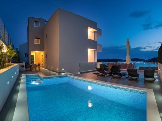 Villa Famiglia with Swimming pool