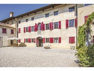 5 bedroom Villa in Mereto di Capitolo, Friuli Venezia Giulia, Italy - 5539753