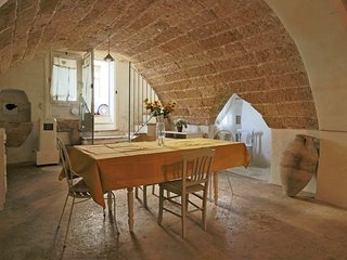Tavern La Grotta in a renovated 18th century mansion in the medieval village of