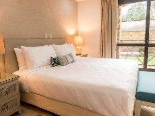 Bahia Encantada 1K - Two Bedroom Condominium