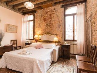 SanPoloHome (di franca Urbani) appartamento di charme di charme