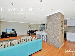 Little Beach House, 8 Mistral Close