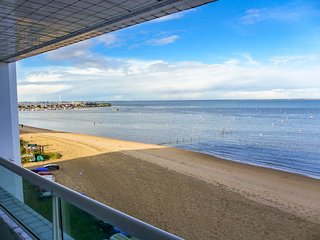 4 bedroom Apartment in Arcachon, Nouvelle-Aquitaine, France : ref 5049982