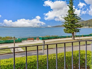 Shoal Towers, Unit 3/11 Shoal Bay Road
