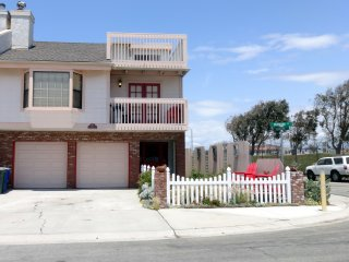 ~~Beach House Oxnard ~~This Place Has It All!