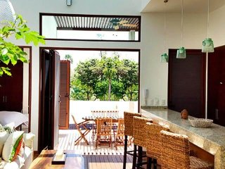 Stunning Luxury Family Townhome in Wellness Retreat