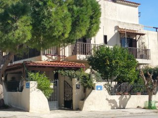 Dina's Home in Rafina – very near the port and three well known beaches