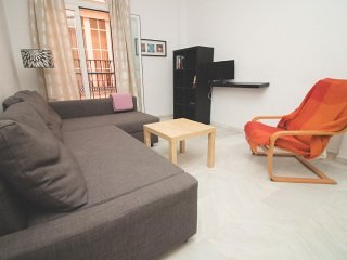 Central 2 bedroom Apartment 66