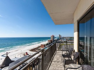 2 Gulf-Front Units w/ 3BR Total - Private Balcony, Rooftop Heated Pool & Spa