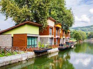 WATERSIDE HOUSES /House №3)
