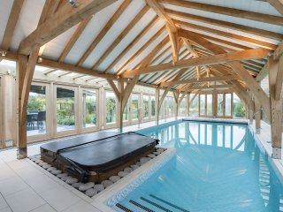Henfield Barn - Holiday Cottages in Cotswolds