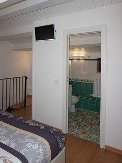 Camera matrimoniale terzo piano con bagno