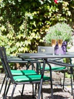 Delightful private courtyard garden