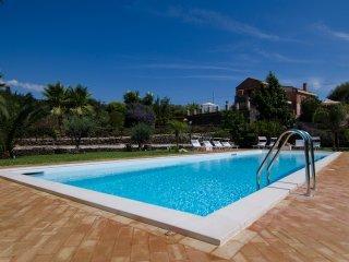Villa Casale della Quercia - Enchanting Pool, Etna, Taormina and the Ionian Sea