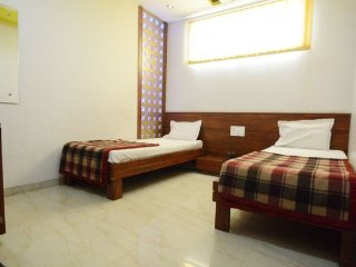 Modish stay near city railway station