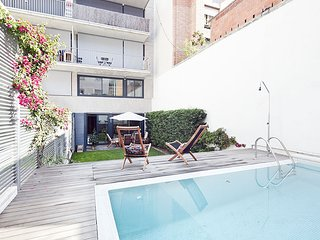 Excellent Duplex in Sarrià with Private Pool for 10