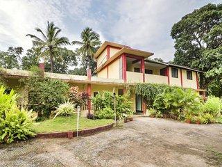 Single room in a villa, a short drive from Anjuna Beach